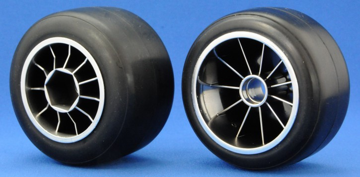 Ride F104 Pre-glued Rubber Front 61mm Tires, XR High Grip Compound