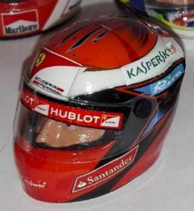 Formel Helm lackiert 1:10 Vettel